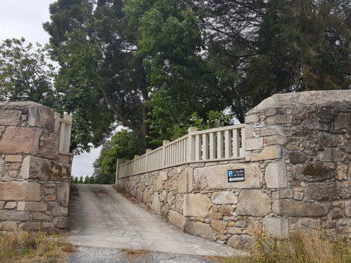 Muro en O Asador de Roxos, Santiago