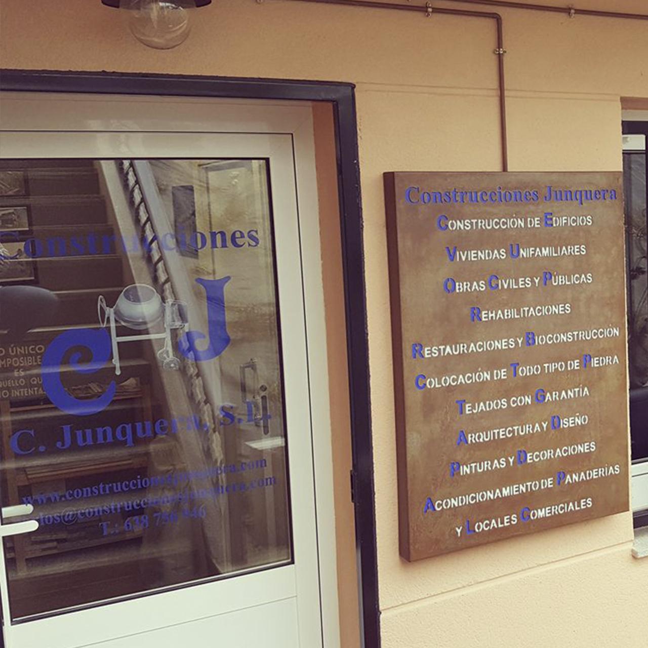 Construcciones Junquera - PUERTA PRINCIPAL